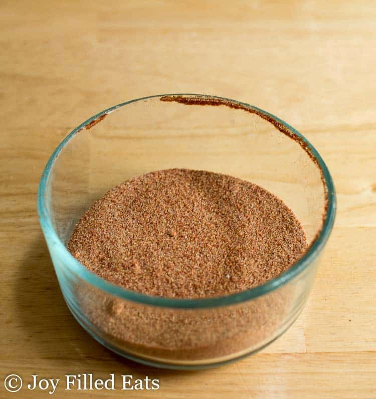 Pork tenderloin rub in a small glass bowl