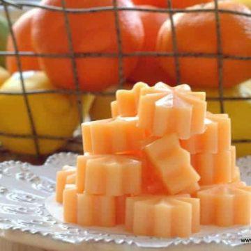 pile of sugar free orange creamsicle gummies