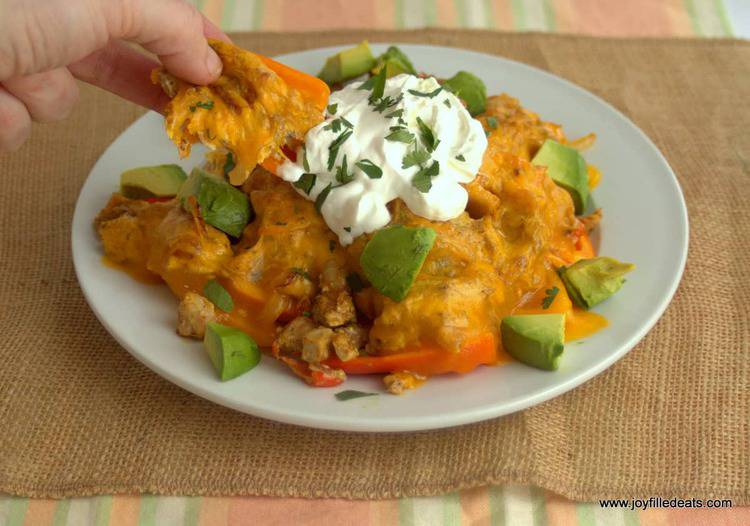 Chicken Fajita Nachos - low carb, grain free, gluten free, THM S