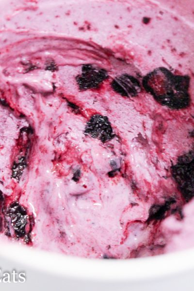 Cheesecake Ice Cream w/ Blueberry Swirl Low Carb Keto