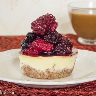 Almond Crusted Breakfast Keto Cheesecake – GF, THM S