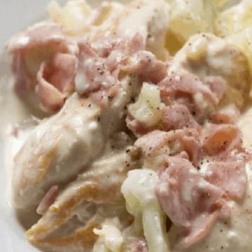 Ham & Cheddar chicken skillet close up