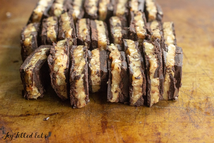 close up of keto sugar free toffee lined up sideways