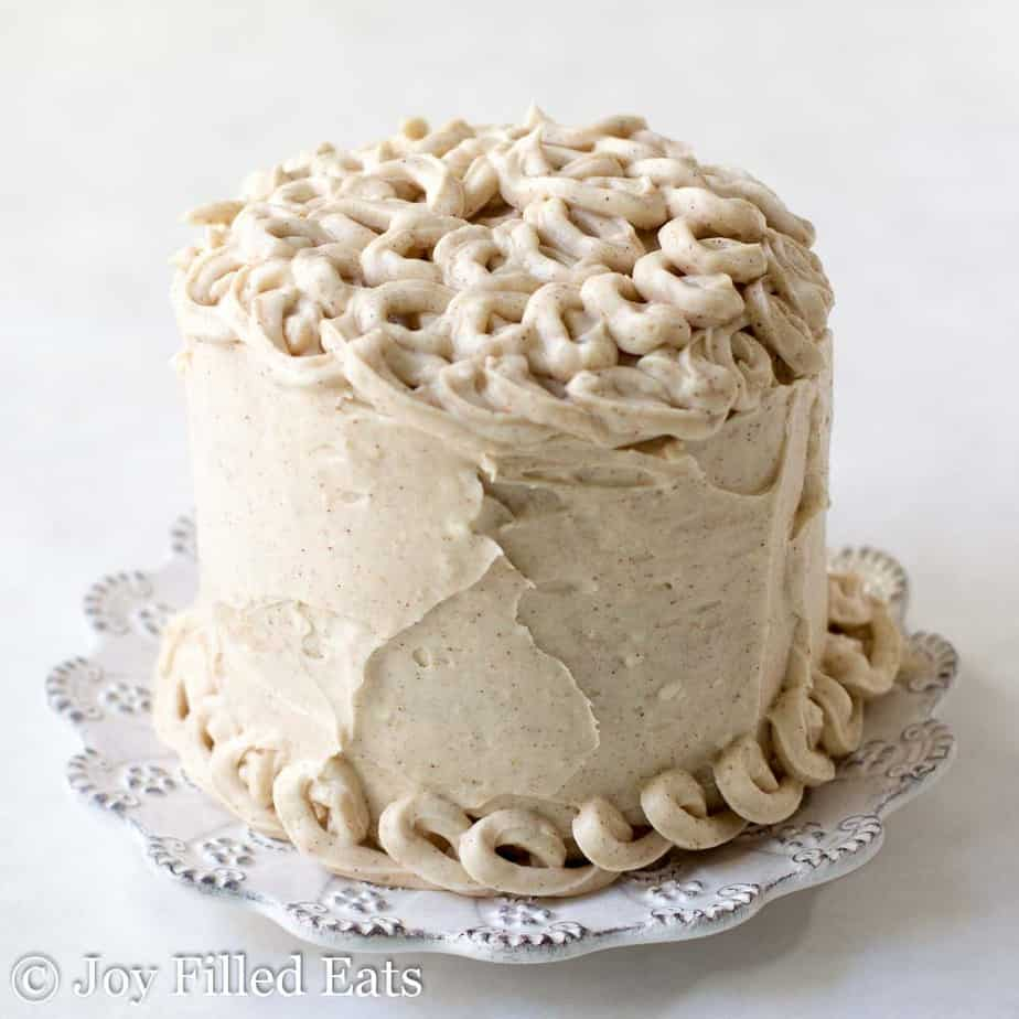white plate with mini snickerdoodle layer cake