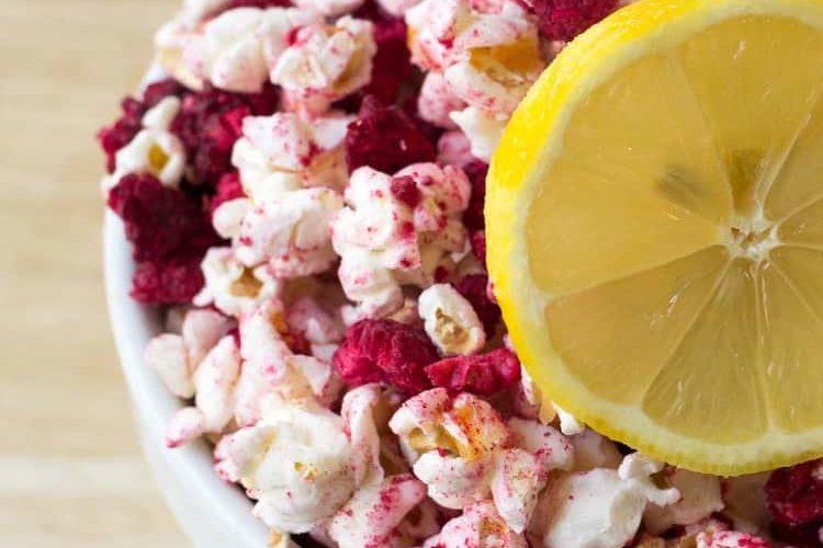 Raspberry Lemonade Popcorn – Sugar-Free, THM E