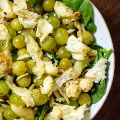 Spinach Salad with Grilled Grapes and Brie Cheese