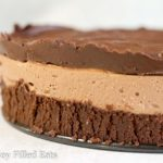 no bake chocolate cheesecake close up