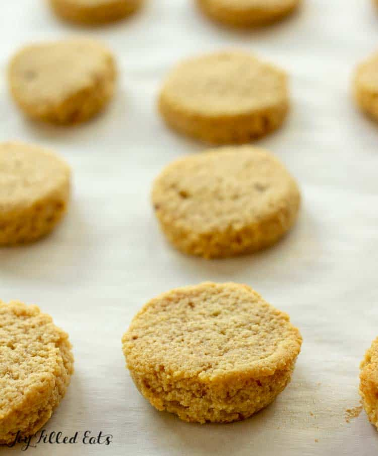 close up of the ginger molasses cookies