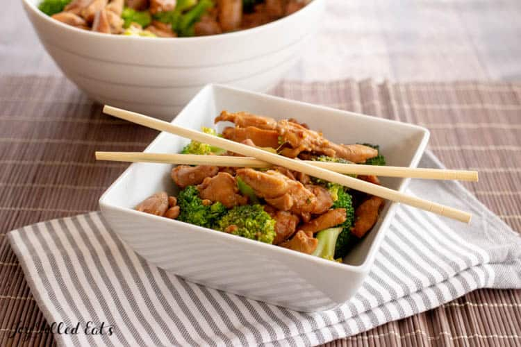 bowl of keto teriyaki chicken and broccoli