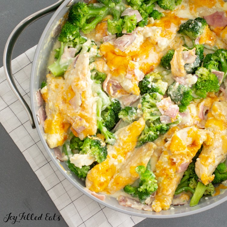 close up of keto chicken and broccoli skillet